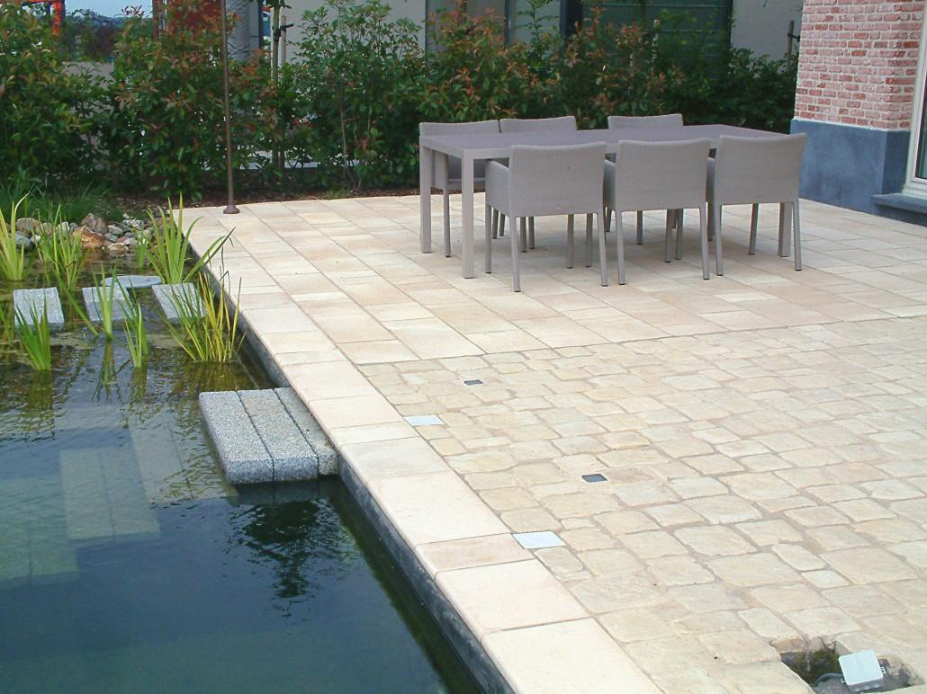 Terras aanleggen zo bereidt u het terrein voor - Exterieur design tuin ...