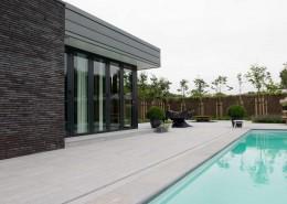 Natuursteen zwembad