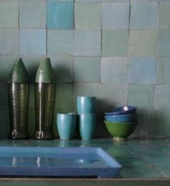 Marokkaanse tegels een zuiderse toets intercarro tegels natuursteen en parket - Faience voor italiaanse douche ...