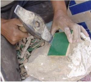 Plaatsen van Marokkaanse tegels