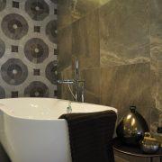 Tegels natuursteen badkamer